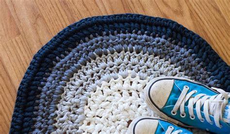 how to crochet rug crochet t shirt yarn rug 183 how to make a rag rug