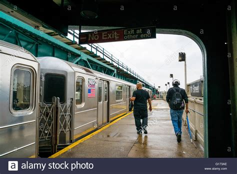 111th street irt flushing line subway station corona