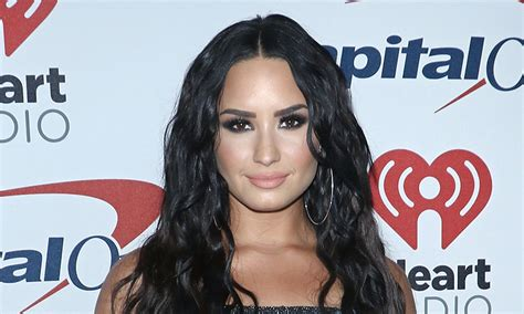 demi lovato biography movie demi lovato biography career sister movies songs age