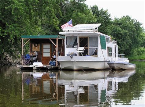 living on a boat on the mississippi river sheriffs in contra costa county plan to impound all live
