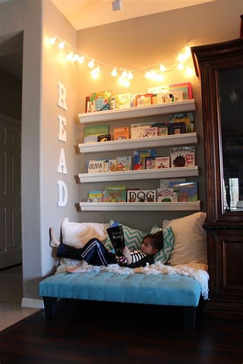 How To Make A Reading Nook In A Closet by How To Make The Cutest Reading Nook Home