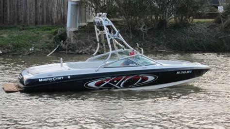 tow boat with tower up or down mastercraft x 10 tow boat fast video tour boats