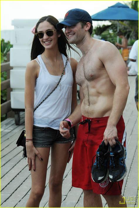 phil mattingly boyfriend matthew morrison glee shirtless