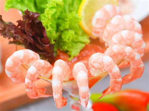 martini shrimp how to make shrimp cocktail 10 steps with pictures