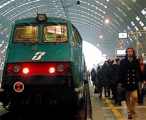 ufficio oggetti smarriti trenitalia lost and found not on italian trains zoomata