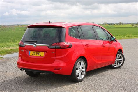 vauxhall zafira tourer review  parkers