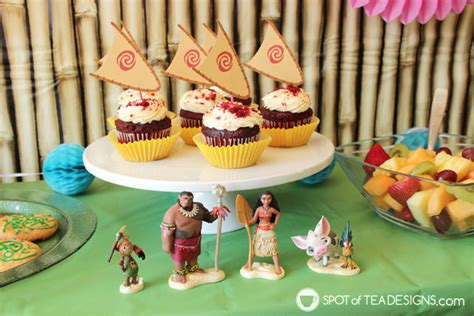 moana boat cupcake toppers moana party printables to download free and use at your party