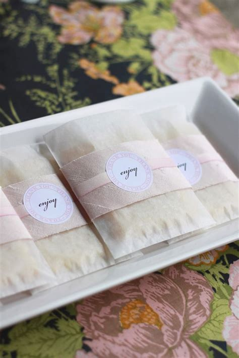 Wedding Favor Idea Sted Shortbread Cookies by Best 25 Cookie Wedding Favors Ideas On