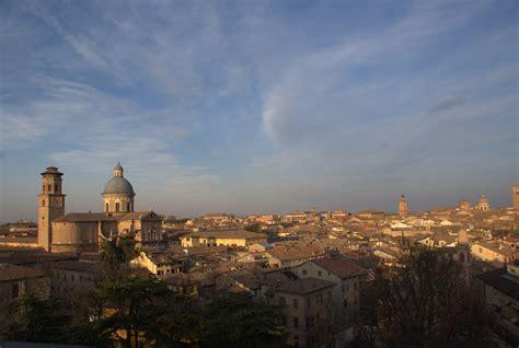 d italia reggio emilia file reggio emilia panorama e ghiara jpg wikimedia commons