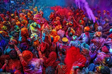 indian color festival images show why india may be the most colourful place on