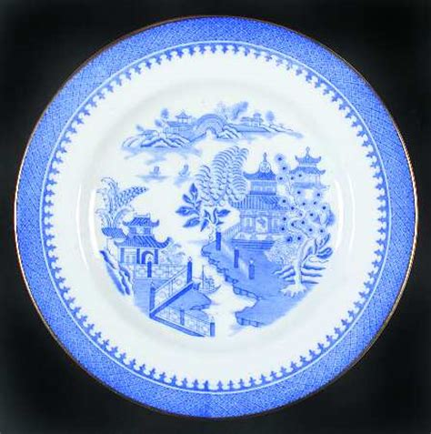 willow pattern with gold trim royal worcester blue willow b750 gold trim at