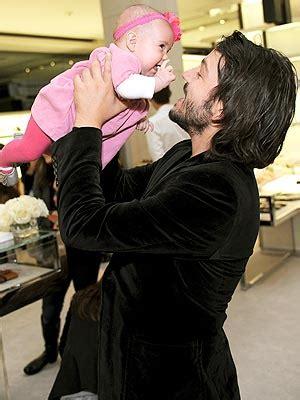 diego luna daughter meet diego luna s new baby girl fiona moms babies