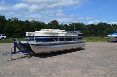 sunchaser pontoon sunchaser 8522 cruise pontoon boats for sale boats