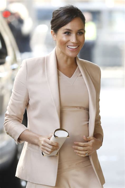 meghan markle  blush    visits  national