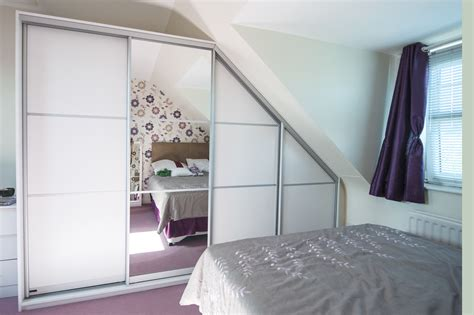 Angled Wardrobe Doors by Angled Sliding Doors Jacobhursh
