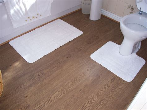 can you use laminate flooring in a bathroom can you put laminate floor in bathroom carpet vidalondon