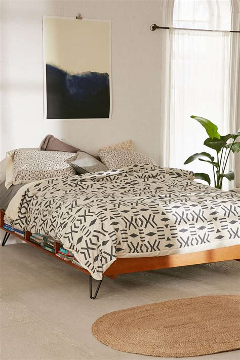 urban outfitters bed spring bedding ideas abstract and geometric motifs
