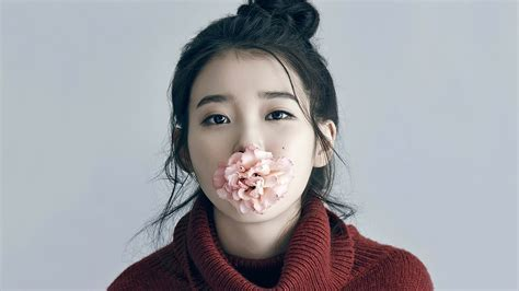 IU Singer Actress Korean Flower Girl  Wallpaper #15306