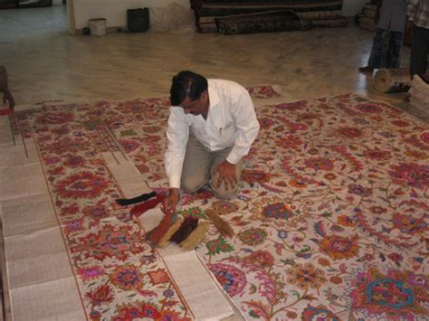 How To Make Handmade Carpets - knotted rugs gonsenhauser s rug carpet