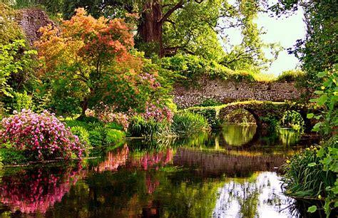 i giardini di ninfa giardini di ninfa roma in verde