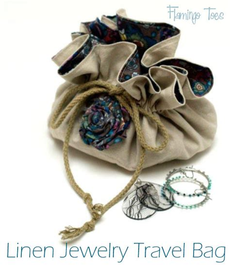 pattern for fabric jewelry pouch quilt story tutorial travel jewelry bag