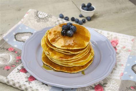 come cucinare pancake come preparare i pancake a casa la ricetta originale
