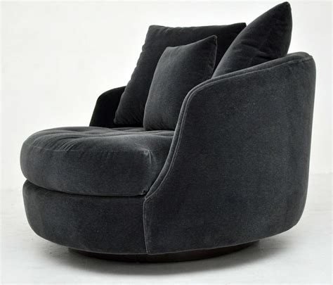 Milo Baughman Large Swivel Chair At 1stdibs Large Swivel Chair
