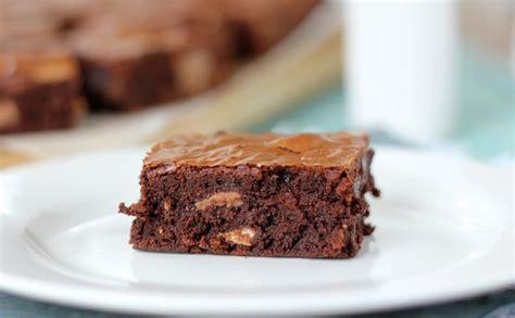cara membuat brownies kukus yang simpel resep membuat brownies chocowafer manis lembut simpel