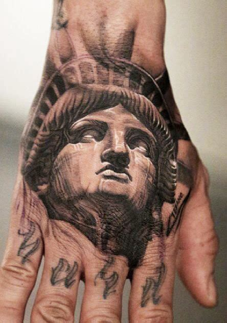 tattoo les nyc statue of liberty hand tattoo hand tattoo pinterest
