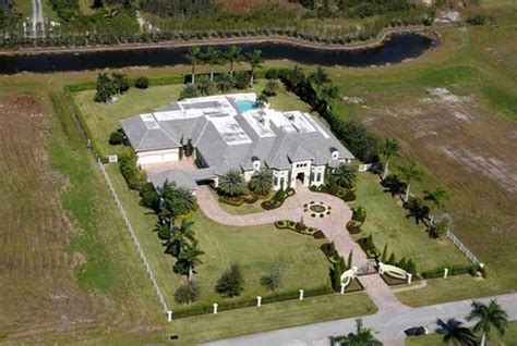 dwayne the rock johnson house address dwayne johnson florida house 3 haute residence