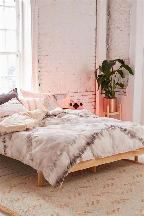 25 best ideas about tie dye bedding on tie
