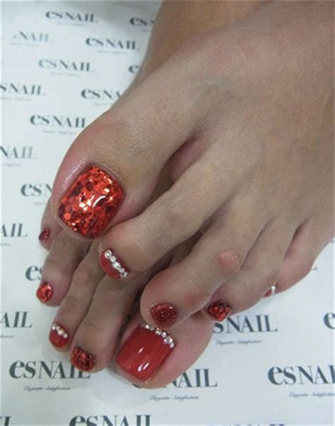 toe nail for new year best new year toe nail designs ideas 2013 2014