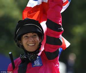 Is The Ascot A Comeback by Hayley Turner Crowns Comeback With Victory At The Dubai