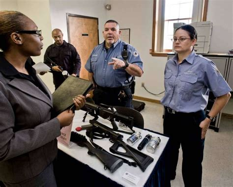 Facility Security Officer Salary by Applicants Flock To Danbury Prison For Fair Newstimes