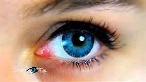 aqua colored contacts niebieskie soczewki kolorowe partyeye a aqua blue color
