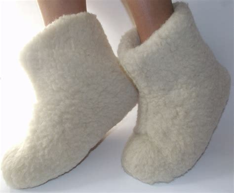 sheep wool slippers womens sheepskin boots slippers 100 sheep wool 100