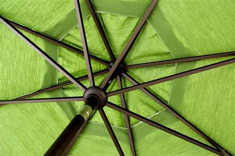 Paint Patio Umbrella Did You That You Can Paint A Faded Patio Umbrella I Didn T Kickin Myself For Passing