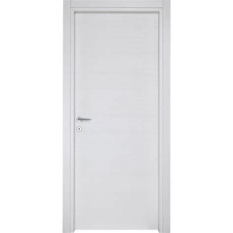 porte interne in laminato porte interne laminato trama dev 210 effetto spazzolato