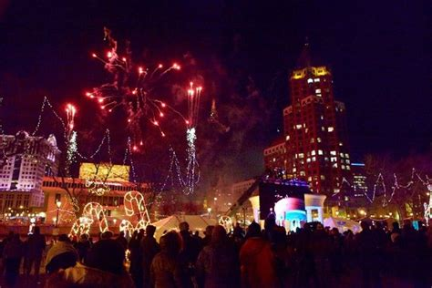 milwaukee lights festival 2017 festivals in milwaukee wi 2016 2017 find things to do
