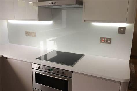 splashback tiles for white kitchen