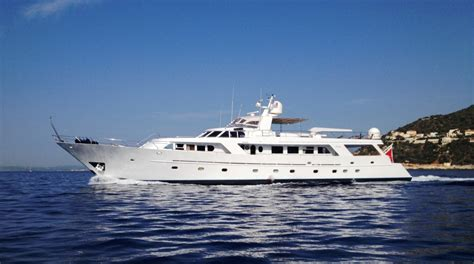 yacht in hindi india yacht charter details benetti classic
