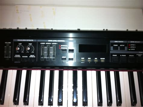 Keyboard Roland Rd 300gx roland rd 300gx image 548632 audiofanzine