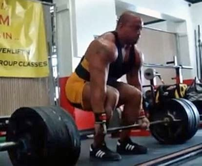 do wrist wraps help bench press recommendations for powerlifting wrist wraps