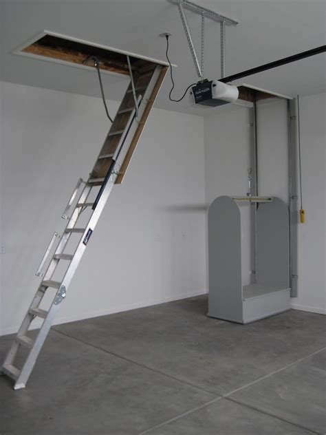 pull  stairs  attic lift  lift