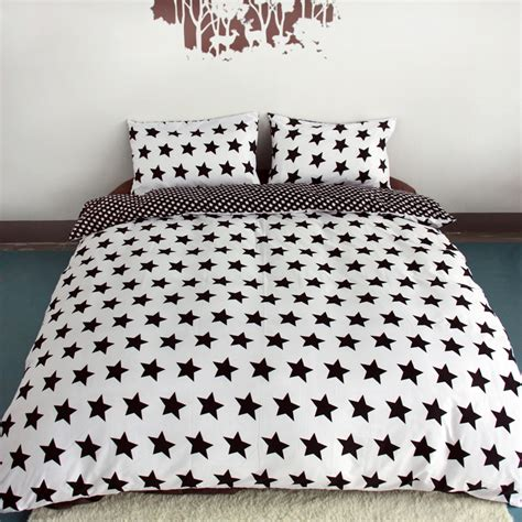 Black And White Quilt Cover Sets by Black And White Printing Activity Bedding Sets King