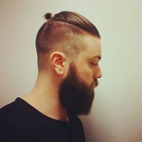 top knot mens hairstyles top knot bun hair men pinterest mens tops buns and