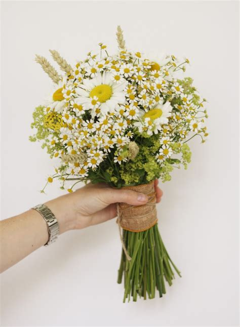 Wedding Bouquet Of Daisies the blossom tree wedding bouquets