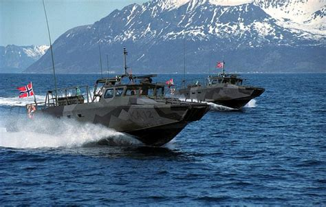 norwegian boats norwegian combat boat 90 n boating military and marines