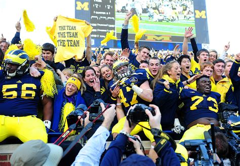 best student sections in college football michigan student sections in college football espn