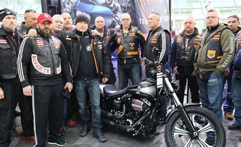 Motorradmesse Bremen by Bandidos Und Hells Angels Auf Der Imot